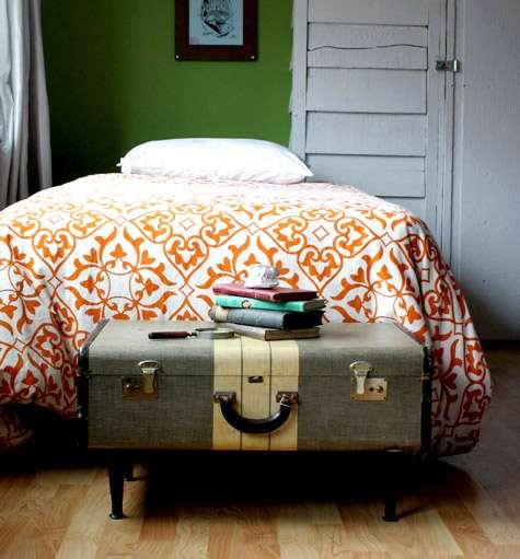 vecchie valige in comodini