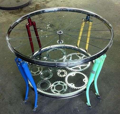 girello con forcelle della bicicletta