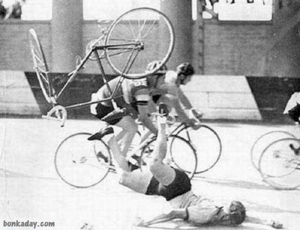 caduta di faccia in bicicletta
