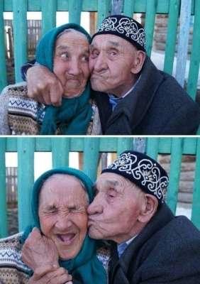 Una meravigliosa dimostrazione d'amore tra anziani
