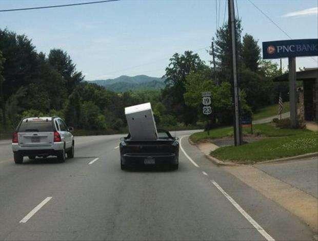 Trasportare un frigorifero con una cabriolet