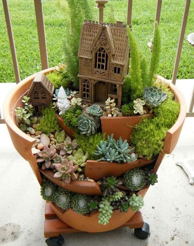 Idee per il giardino riciclo con vasi di terracotta 18 foto - Vasi terracotta da giardino ...