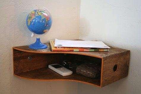 Mobile in legno ad angolo