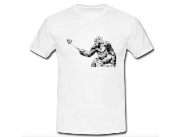 Selfie bianco e nero scimmia