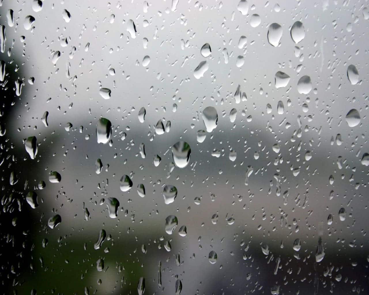 Gocce di acqua su vetro
