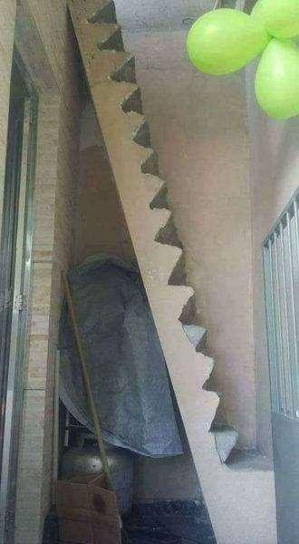 Costruzioni divertenti scale ripide