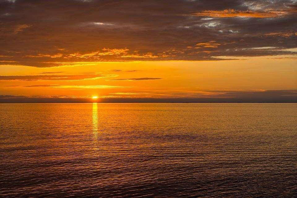 Immagini e sfondi hd con il mare 48 foto for Sfondi desktop tramonti mare