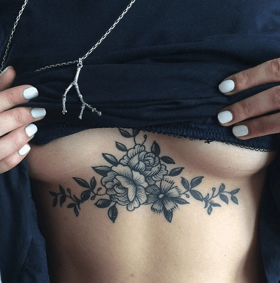 Tatuaggi donna Sexy