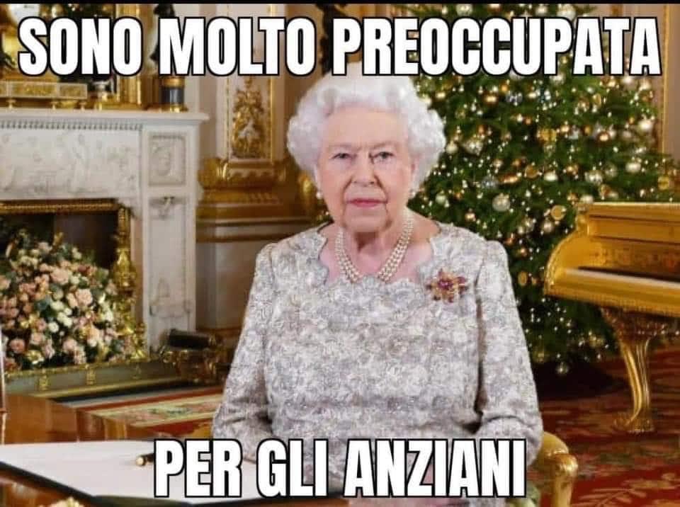 Immagini divertenti della Regina Elisabetta - Sono molto preoccupata per gli anziani